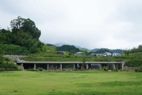 A modern building near the Kitora kofun